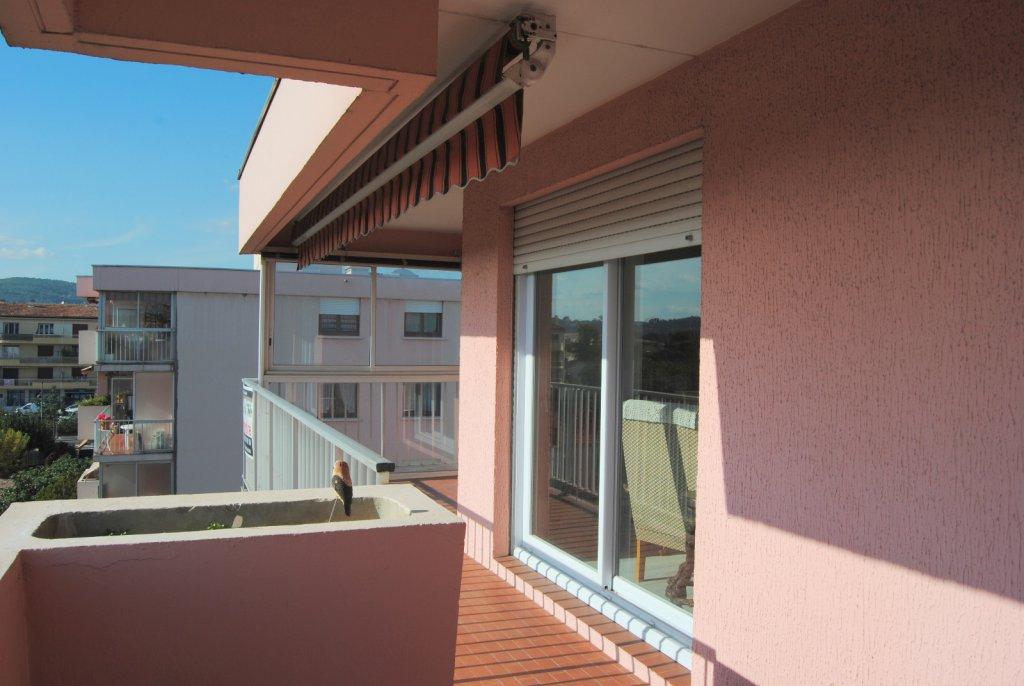 Vente appartement 5 pi ces draguignan for Appartement atypique draguignan